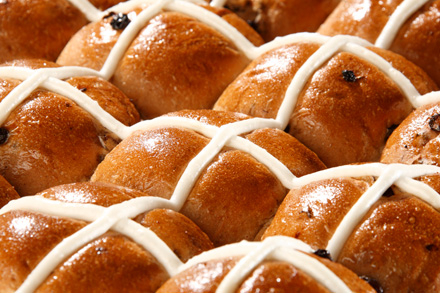 Hot-Cross-Buns-17.4.17-Blog