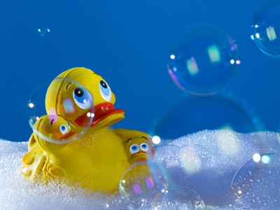 Measures illustration | A rubber duck in a bath