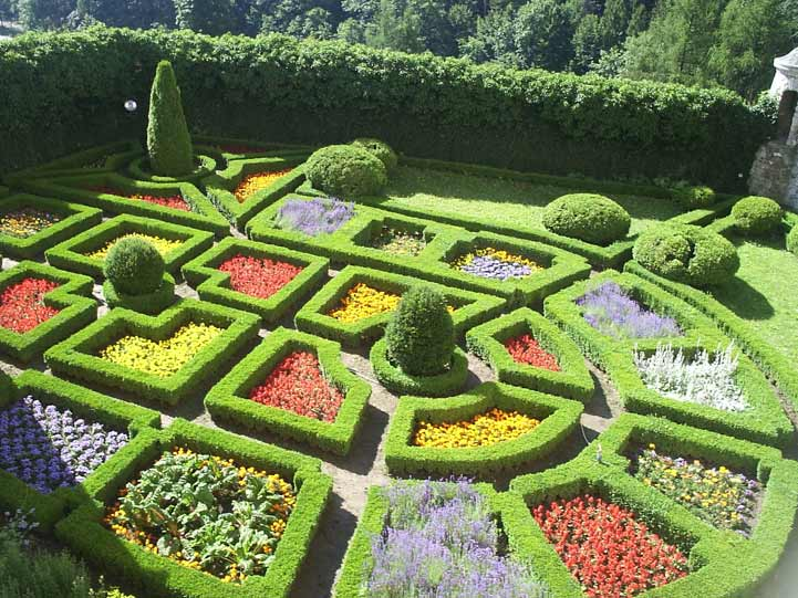 Gardens of the world quiz pictures include england and for Famous garden designs