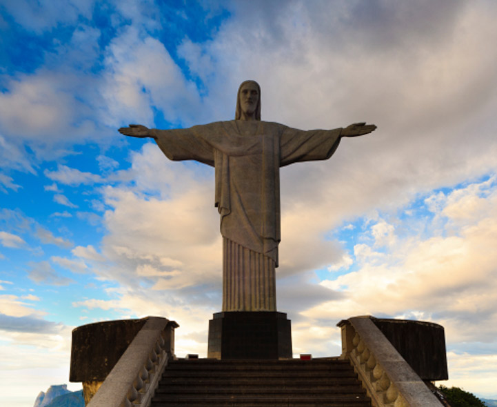 What Materials Were Used To Build Christ The Redeemer